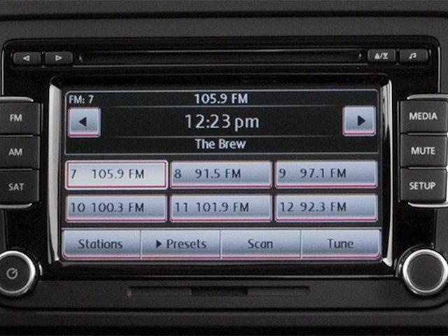 2014 Volkswagen Jetta 2 0L TDI w/Premium/Navigation